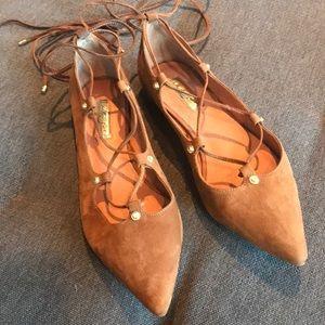 Halogen Chestnut Pointy Toe Lace Up Flats Size 7